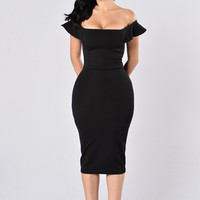 Get On My Level Dress - Black