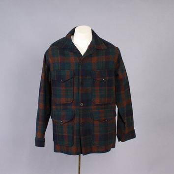 Vintage 60s COAT / 1960s Men's PENDLETON Dark Green & Navy PLAID Wool Hunting Jacket L