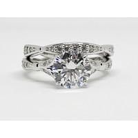 An Exquisite 2CT Round Cut Russian Lab Diamond Bridal Ring Set