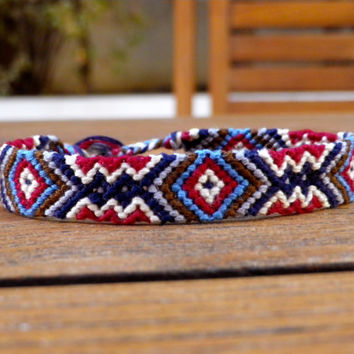 Friendship Bracelet - Aztec Triangle Pattern