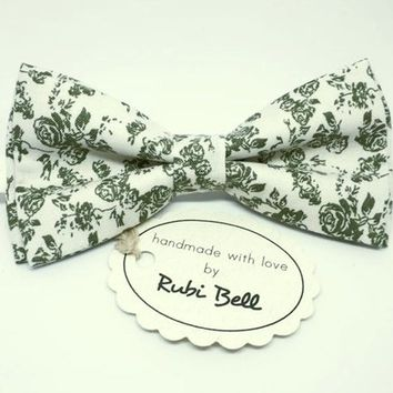 Bow Tie - floral bow tie - wedding bow tie - white bow tie with green floral pattern - grooms bow tie - mens tie with flowers