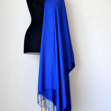 Royal Blue Shawl, Sapphire Blue Solid Color Pashmina, Cashmere Silk Scarf, Elegant Wrap, Bridesmaid Gift, Wedding Shawl, Flower Brooch Pin