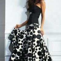 Bustier, circle printed skirt by VENUS
