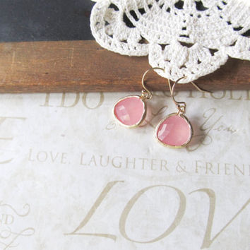 GRAPEFRUIT pink grapefruit rough cut glass crystal earrings (gold)