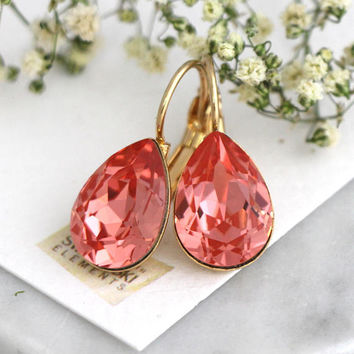 Peach Earrings, Coral Earrings, Bridal Peach Drop Earrings, Swarovski Crystal Peach Teardrop Earrings, Christams Gift, Bridesmaids Earrings