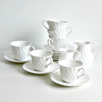 Wedgwood Candlelight Vintage Tea Coffee Set White Swirl 14 Pc Teacups Saucers Milk & Cream Pitcher