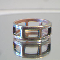 Rectangular Cut Out Band Ring Size 7 Unisex Jewelry Fashion Accessories