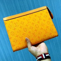 LV new men's versatile clutch
