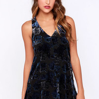 BB Dakota Landon Blue and Black Floral Shift Dress