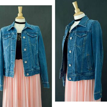 Vintage Blue Denim Jacket, 90s Gap Jean Jacket, Fitted Denim Jacket, Vintage Denim Gap Coat, Spring Jacket, Size Medium, Grunge Jacket