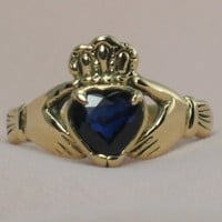 Natural Blue Sapphire in 14k gold Claddagh Ring by tranceformation