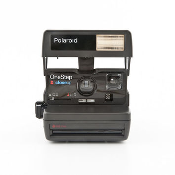 Polaroid 600 OneStep closeUP Instant Film Camera with Impossible Frog Tongue and 1 pack Impossible Project 600 Film - Tested Working 80s