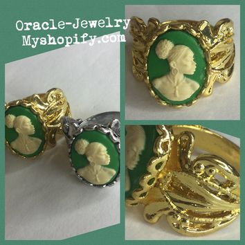 Green Vintage Cameo Ring/Size 7
