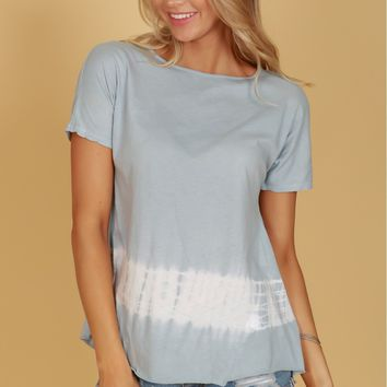 Keyhole Tie Dye Top Light Blue