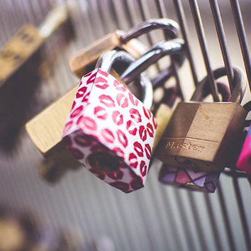SALE Paris bridge photography - keys, metal, lips, kss, pink, love - 8x10 print - wall decor - We are locked together