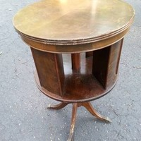 Vintage Antique Round Rotating Center End Table