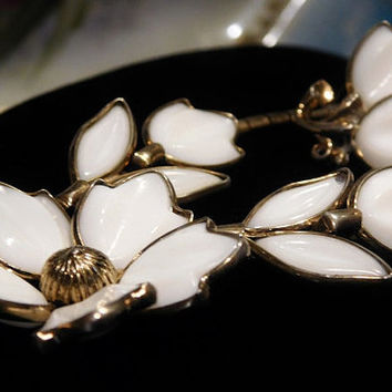 Vintage Crown Trifari Alfred Philippe 1950s Fashion Jewelry Designer Poured  Milk Glass Necklace Earrings Demi Parure