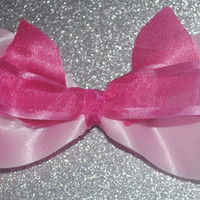 Piglet inspired bow!