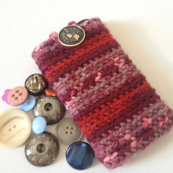 Crochet iPhone sleeve,iPhone 4s Case, Red Crochet Phone Case,Red Stripes, Button Fastener. Nokia Lumia Cosy, Iphone 4s Sleeve