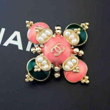 PEAPYV2 Chanel Women Fashion Pearl Diamonds Pearl Brooch