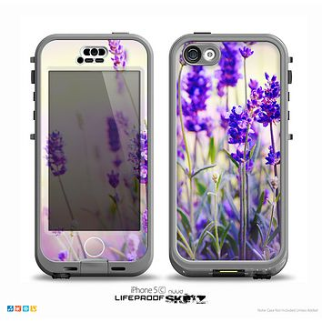 The Lavender Flower Bed Skin for the iPhone 5c nüüd LifeProof Case