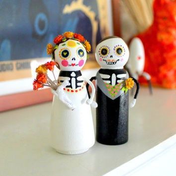 Day of the Dead Bride & Groom Figurines, Colorful Dia De Los Muertos Wedding Couple, Mexican Folk Art Dolls
