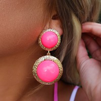 Bursting With Life Earrings: Gold/Neon Pink