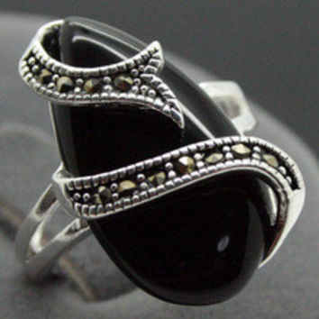 Free shipping >>>>>>VINTAGE STERLING SILVER RING MARCASITE BLACK AGATE/ONYX LUCKY RING SZ 7/8/9/10