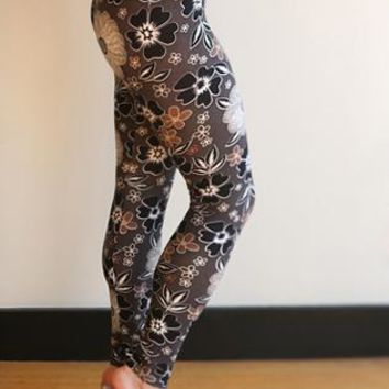 Muted Floral Print Leggings- Plus Size!