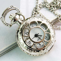 Pocket Watch Victorian Retro Style Necklace Locket Flower Pendant Chain Silver (PWAT0104)