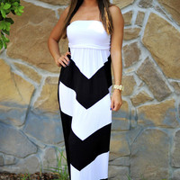 Get To The Point Maxi Dress: Black | Hope's