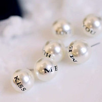 Big pearl texture, letters Kiss Me, Love You, HUG Me earrings, sweet, there is a sense, oversized, special gift for you and your friends