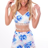 HelloMolly | Clear Sky Top - Spaghetti strap white crop top in Blue rose print