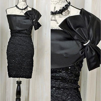 80s Party dress / size S 5 / 6 / black cocktail dress / bombshell / sexy form fit /sequined glam