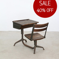 SALE - vintage school desk / 1940s kids desk