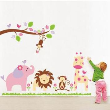 Jungle Animals Giraffe Lion Monkey Elephant Kids Room Wall Sticker Kids Nursery Baby Room Decor Finished Size 98*115cm