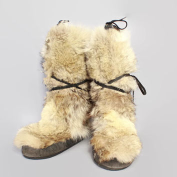 Vintage 70s MUKLUKS / 1970s Shaggy Coyote Fur Tall Boots 11 1/2 - 12
