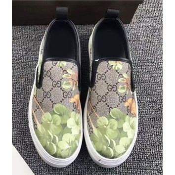 Gucci: Women Men FLOWERS DESIGN SHOES FLAT CASUAL SHOES Green