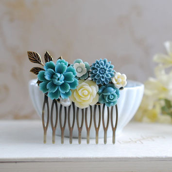 Powder Blue Dusky Blue Ivory Flower Wedding Hair Comb. Collage Hair Comb, Dusky Blue Wedding Comb, Blue Grey Wedding Comb, Bridesmaid Gift