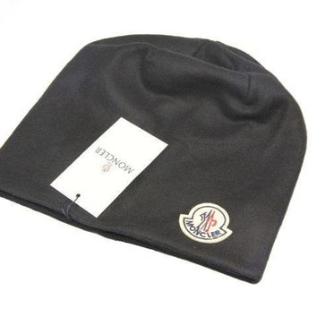 Moncler Style 1 Cable Knit Beanie