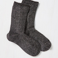 There's a Fine, Fine Shine Socks in Noir