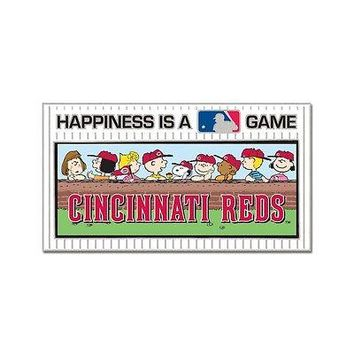 CINCINNATI REDS PEANUTS GANG HAPPINESS IS A GAME COLLECTOR PIN NEW WINCRAFT
