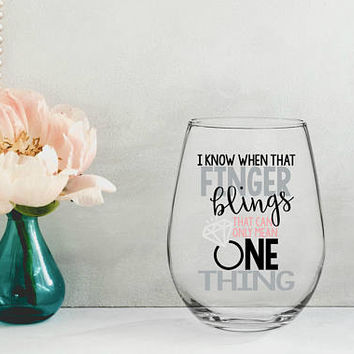 bride to be wine glass, engagement wine gift, bridal party gifts, gifts for the bride, wedding wing glass, engaged wine glass, future mrs