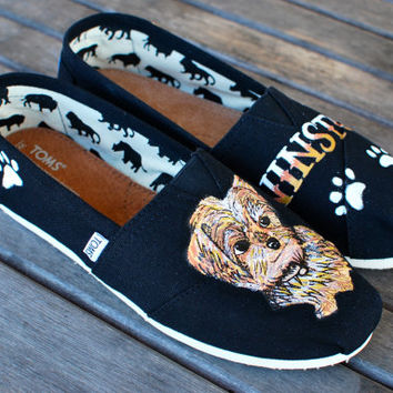 Custom hand Painted Yorkie Toms