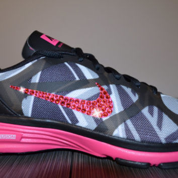 New Women's Nike Dual Fusion TR Print Running Jogging Shoes Customized With Pink Swarovski Crystal Rhinestone Elements Black & Pink