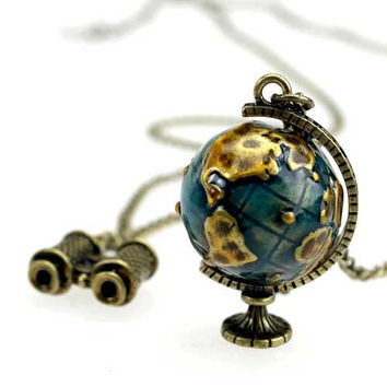 Vintage style, Travel Around Globe necklace telescope movable