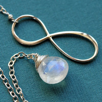 $35.00 Infinity Moonstone Sterling Silver Lariat by Englady on Etsy