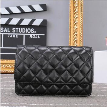 2017 new mini fashion shoulder Messenger bag woc caviar leather fortune package Lingge chain sheepskin bag free shipping