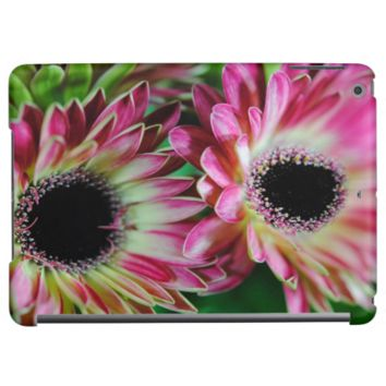 Pink and Cream Daisies iPad Air Cover