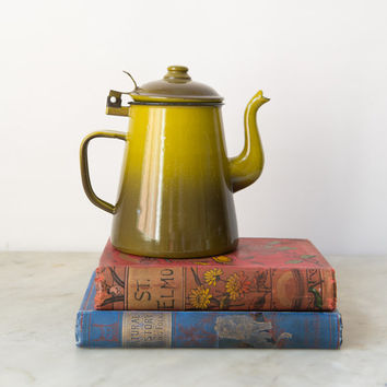 Retro Enamel Teapot for One - Graniteware